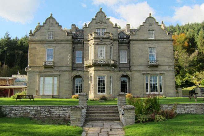 Party in a Welsh mansion at Kallida Festival this summer