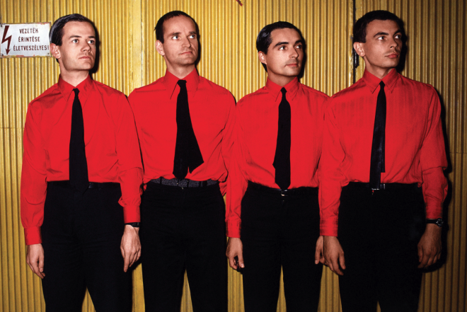 "Kraftwerk gewinnen Grammy in Kategorie ""Best Dance/Electronic Album"""