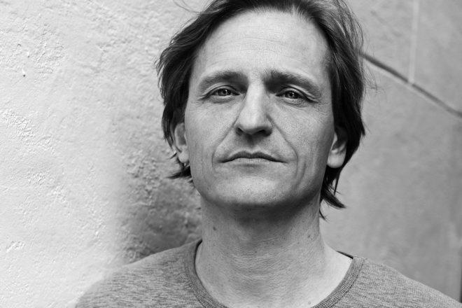 Premiere: Michel De Hey's 'Tracklights' lands on Josh Wink's Ovum Recordings