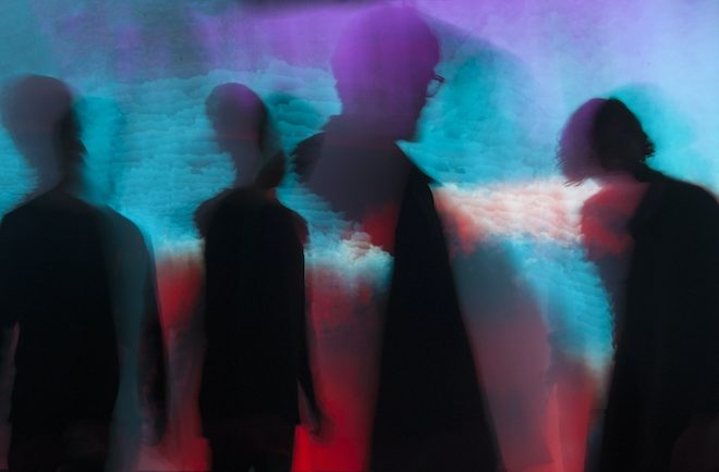 Scalping sign to Houndstooth and get into 'Deadlock' on new single