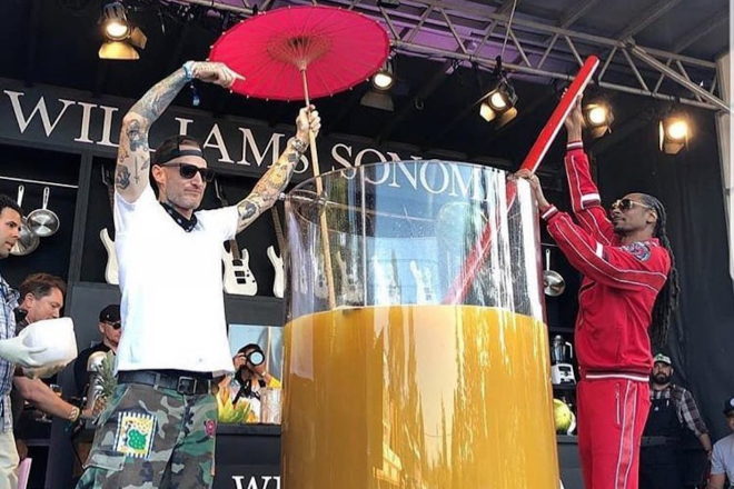 ​Snoop Dogg now holds the world record for the largest gin and juice