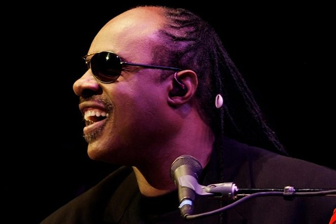 "Stevie Wonder to Trump: ""It's a sad day when I can see better than your 2020 vision"""