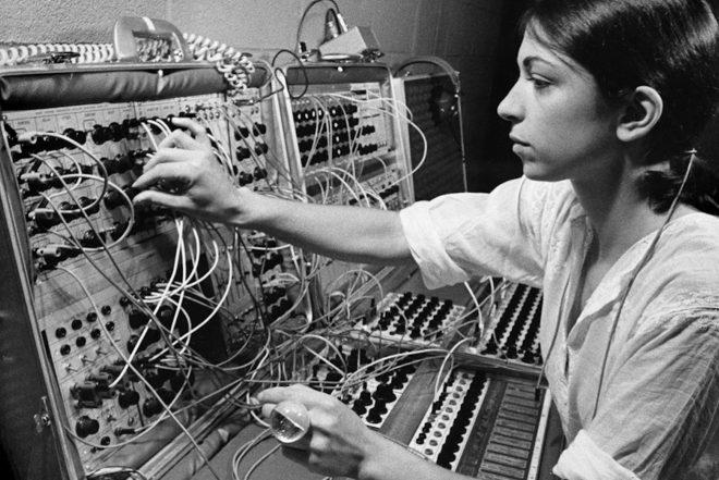 Ein neues Buch beschreibt die umfassende Evolution der elektronischen Musik