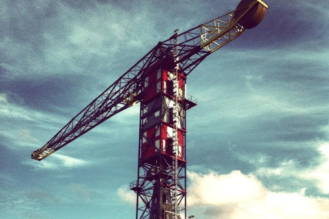 Stream sets by Palms Trax and Cinthie live from atop a crane at ADE