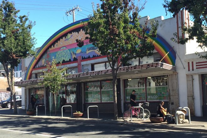 Berkeley's Amoeba Music earns licence to sell marijuana