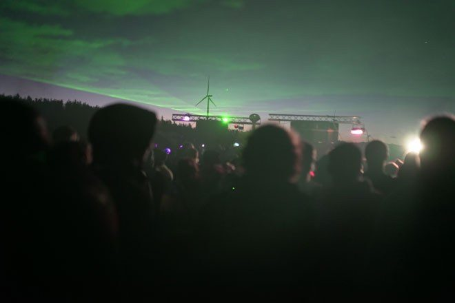 3000 people attend Bank Holiday rave despite threat of £10k fine