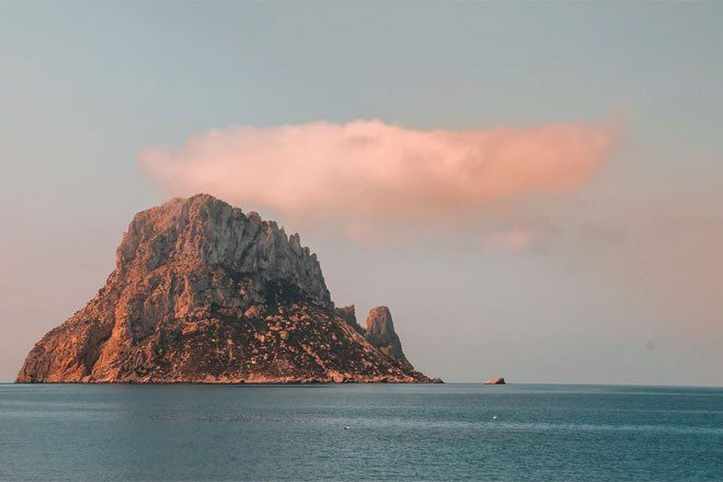 Most of Ibiza's population will be vaccinated against COVID-19 by May