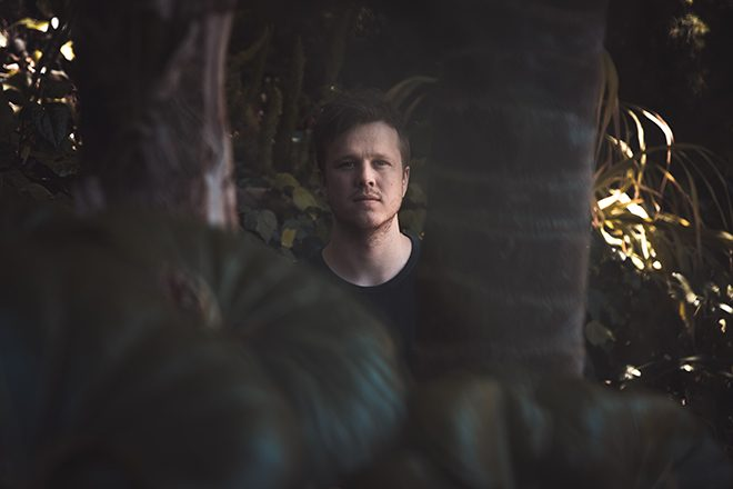 Daktyl offers up a bright new track 'Oscillate'