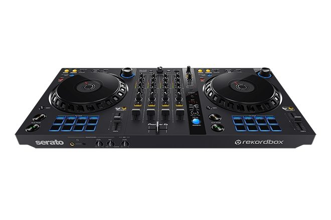 Pioneer DJ and foundation.fm are giving away a DJ controller and headphones
