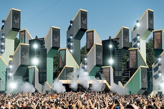 Dutch government plans to allow festivals from July