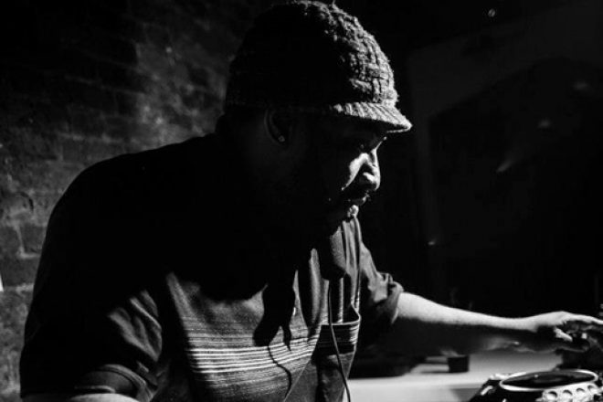 Spotify playlist 50 brooding deep house jams playlists for Deep house classics