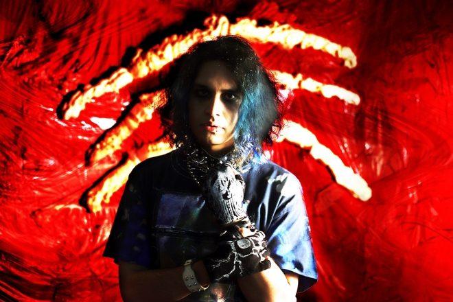 Kamixlo bares all on debut album 'Cicatriz'