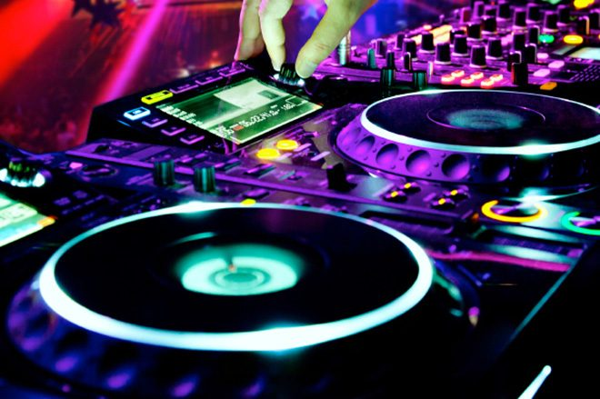 New Pioneer technology aims to distribute artist royalties for music played in electronic sets