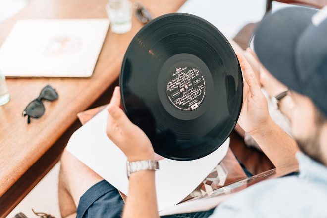 ​Vinyl sales show strong increase as digital music sales continue to drop