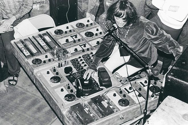 Silver Apples co-founder Simeon Coxe has died