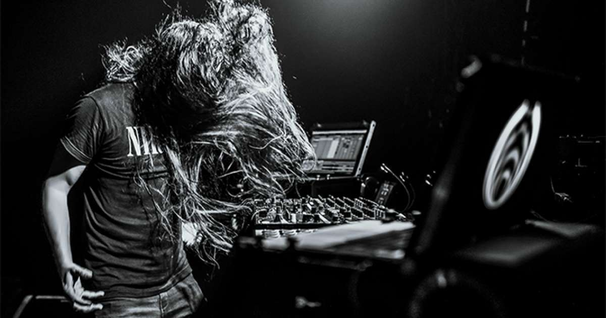 Bassnectar is handing out free therapy sessions to 1,000 fans