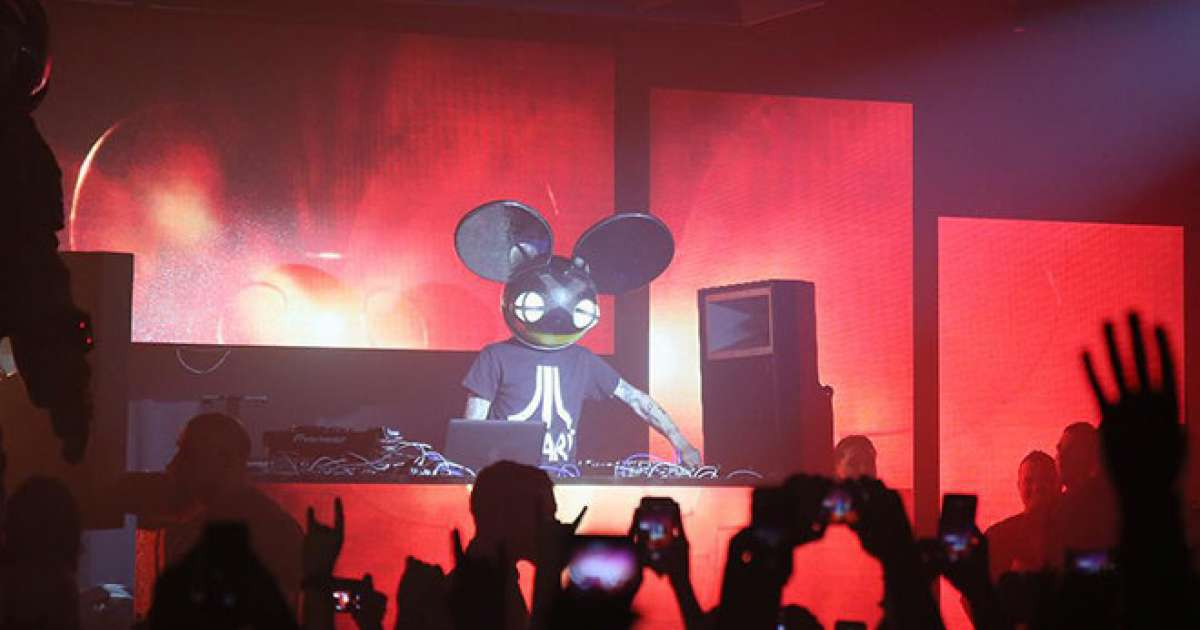 Deadmau5 plays a surprise DJ set at Comic Con - Mixmag