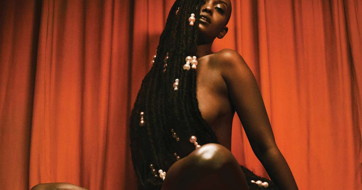 Listen to an ambient-heavy new mix from Kelela