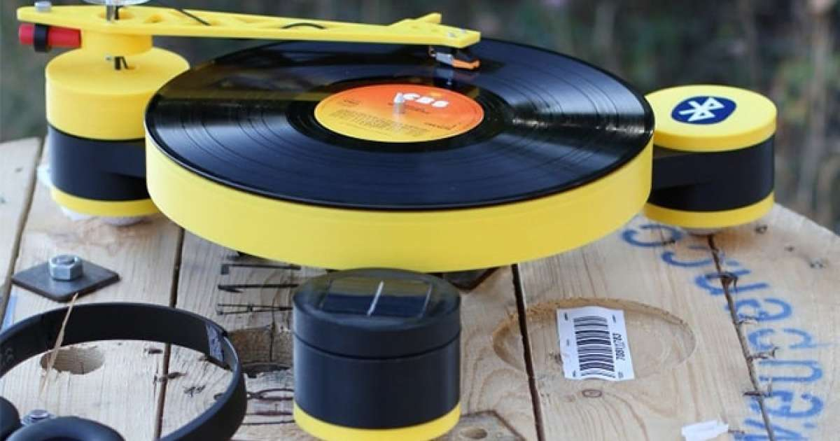 5eefa8d576  Lenco creates the world s first 3D printed record player