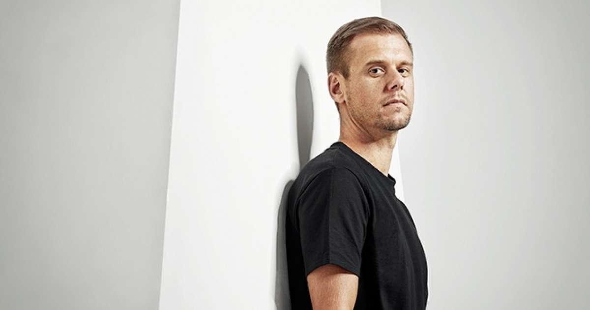 Armin Van Buuren announces virtual reality gigs