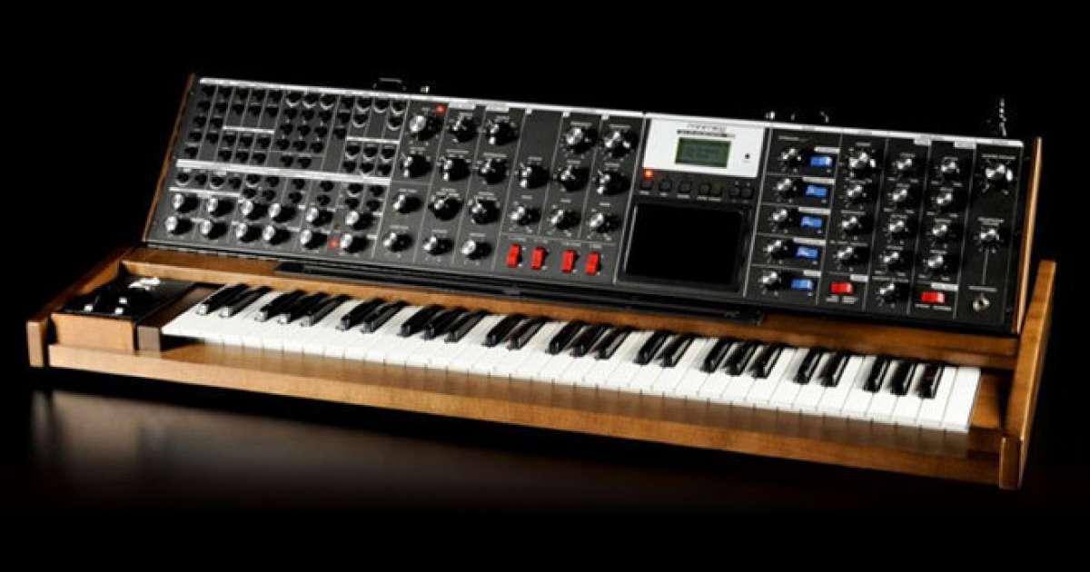 the minimoog voyager xl synth line has been discontinued tech mixmag. Black Bedroom Furniture Sets. Home Design Ideas